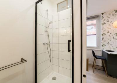 photo de Laurens CALLENS, salle d'eau décorée par Mélanie Alfon d'Iconic Studio